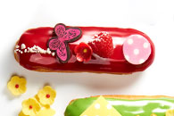 Raspberry éclair